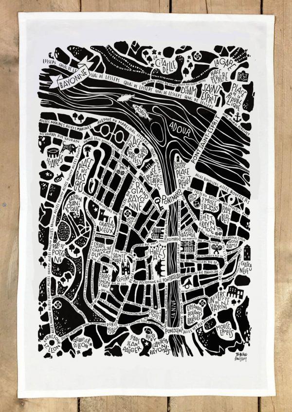 plan de ville de Bayonne illustré sur un torchon